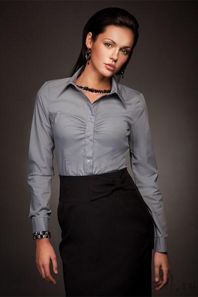 С чем носить серую женскую рубашку