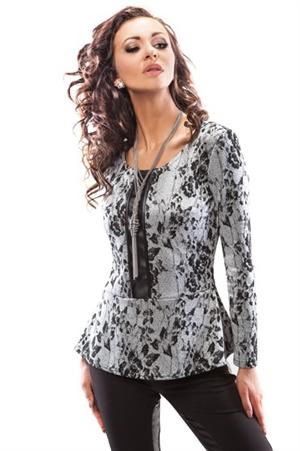 Стильная блуза с баской - фото 10304