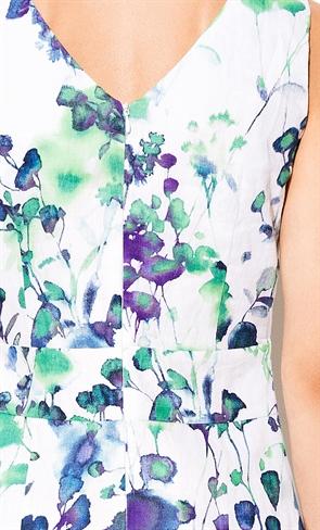Нежное платье с цветочным принтом - фото 10323