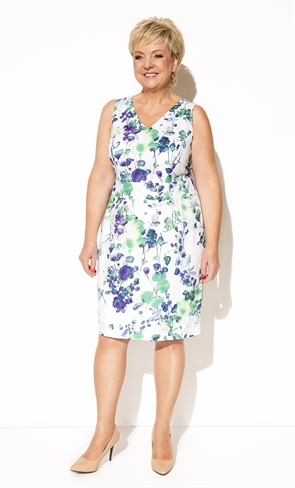 Нежное платье с цветочным принтом - фото 10324