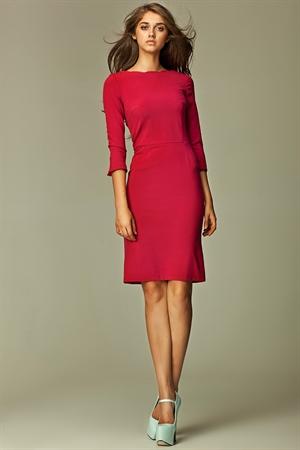 Строгое платье футляр цвета бордо - фото 10617