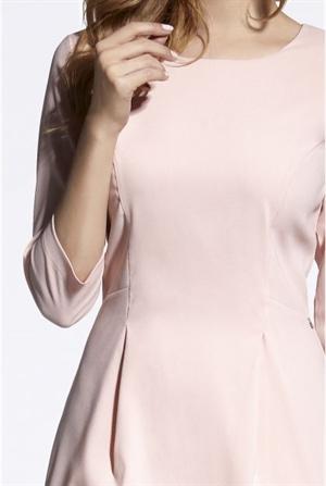 Коктейльное платье нежно-розового оттенка - фото 10875