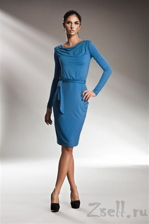 Лаконичное платье с длинным рукавом - фото 20