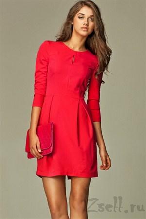 Малиновое платье-тюльпан - фото 320