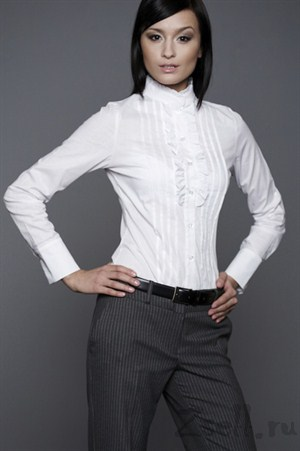 Рубашка белая с воротником стойкой - фото 738