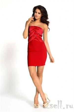 Красное коктейльное платье без лямок - фото 2991