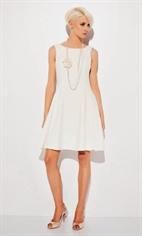 Белое романтичное платье А силуэта