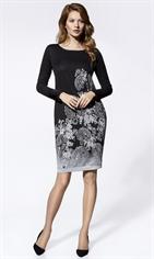 Стильное трикотажное платье с рисунком