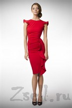 Очаровательное красное платье
