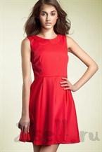 Повседневное платье А силуэта красное