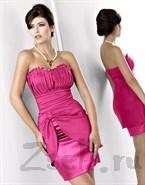 Розовое платье-коктейль с драпировкой