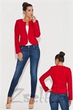 Красный жакет с драпировкой на спине