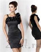 Черное эффектное платье