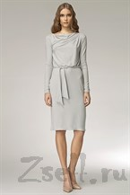 Лаконичное платье с длинным рукавом